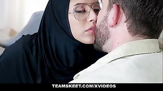Exxxtra Small - Teenage Wearing Hijab Fucked