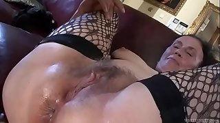 Dirty anal liking granny